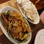 Canard au curry et riz cantonais - plats