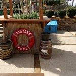 Pirate's Cove Adventure Golf resmi