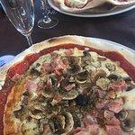 A recommandé très bonne pizza et cadre très agréable