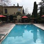 piscine chauffée un jour d'hiver