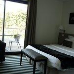 Hotel 202 Photo