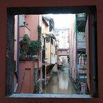 Maličké okno do Benátok v Bologni 😊