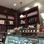 Photo de Petrossian Cafe & Boutique