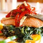 Photo de Land & Sea Grill & Steak House