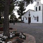 Photo de Benalmadena Pueblo (The Old Village)
