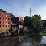 Фотография Canal Side Inn