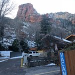 Photo de The Canyon Wren - Cabins for Two