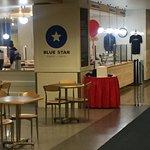 Foto de Blue Star Donuts