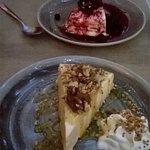 tarta de queso (con frutos rojos & con nueces y miel)