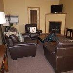 Canmore Rocky Mountain Inn Foto