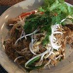 Pad Thai with minimal chicken
