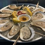 Fresh oysters. Always at Robert's.