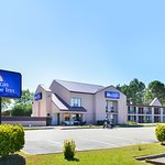 Americas Best Value Inn-Williamsburg/Lightfoot Area