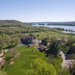 Spring time at Goldmoor Inn with the Mississippi River