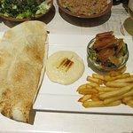 Foto de Karamna Snack & Restaurant
