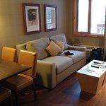 Fox Hotel & Suites Foto