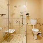 Wheelchair friendy bathroom in Lancashire Room