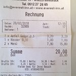 für ein kleines Glas Wasser wird 1€(!) verlangt! Obwohl normal konsumiert wurde!!