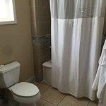 Club level room bathroom