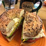 Everything bagel w/ egg cheese toms & avocado