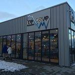 Ice Cave Restaurant Foto