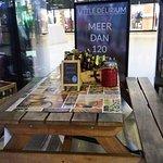 Foto de Little Delirium Cafe