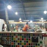 صورة فوتوغرافية لـ Tacos & Beer