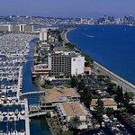 Hilton San Diego Airport/Harbor Island