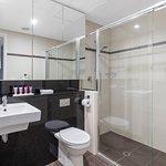 Three Bedroom Ocean Suite - Bathroom