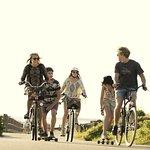 Cykla på småvägar för att hitta de riktiga smultronställena.