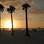 Photo of Beachview Hotel