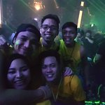 Y'all need to get into the Boracay pubcrawl bandwagon, paying AU$22 is defs worth it !! Will def