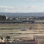 Foto de Sheraton Gateway Los Angeles Hotel