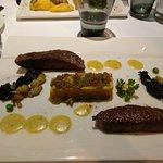 Boeuf «Wagyu» snacké, crumble de légumes