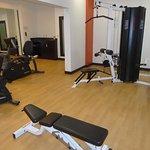 Universal Weight Machine in Gym