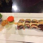 Angel Roll, Uni, Scallop and Mackerel sashimi