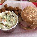 Photo de Smokin Yard's BBQ