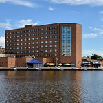 Best Western Premier Waterfront Hotel & Convention Center