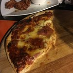 Fast disappearing pizza