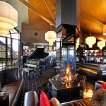 Echoes Restaurant Lounge