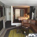 Foto de Le Montrose Suite Hotel
