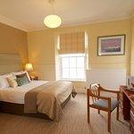 Cove Bay Hotel resmi