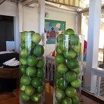 Foto de Mangoes Restaurant