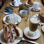 Ricas tortas acompañadas de un buen café.
