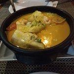 Moqueca mista (peixe e camarões)
