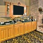 Photo of Cobblestone Hotel & Suites