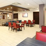 Photo of Holiday Inn Express & Suites Newport News
