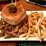 BBQ PULLED PORK MONSTER