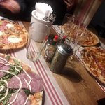 Valokuva: Classic Pizza Levi