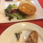 Camembert y croquetas de funghi
